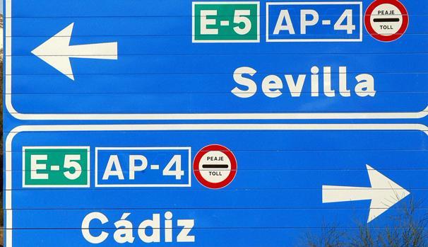 Cartel con el peaje Cádiz - Sevilla