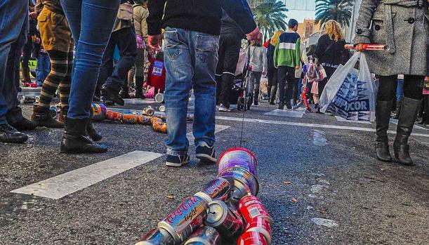 Arrastre de latas en Algeciras