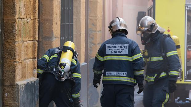 Imagen de archivo de otra intervención de Bomberos en la provincia de Cádiz