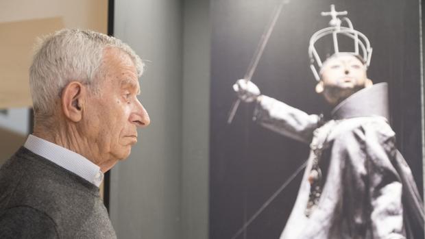 Francisco Peralta en mayo en la exposición sobre su obra