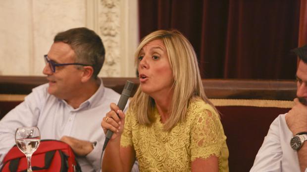 La concejal del PSOE y consejera de Onda Cádiz, Mara Rodríguez.