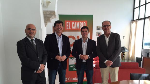 Representantes de Ciudadanos con el presidente de la Film Comission, Carlos Rosado.
