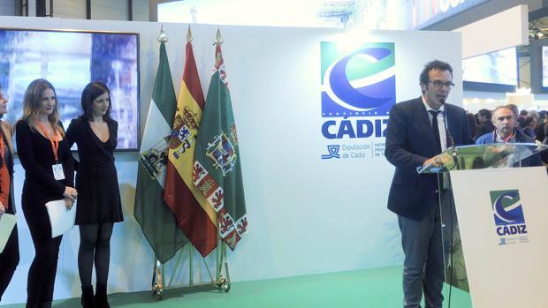 Momento de la intervención del alcalde de Cádiz en Fitur.