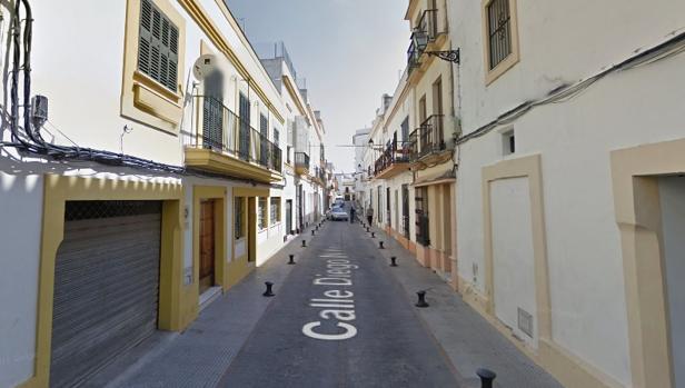 Calle Diego Niño, donde se refugiaba el fallecido