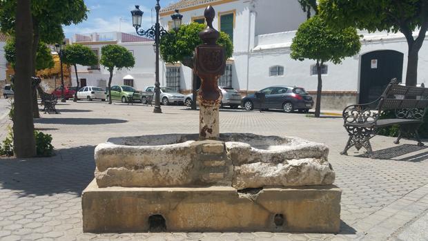 Fuente de la Plaza de las 7 revueltas de Marchena