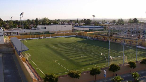 El campo de fútbol donde juegan sus partidos el Espartinas C.F.