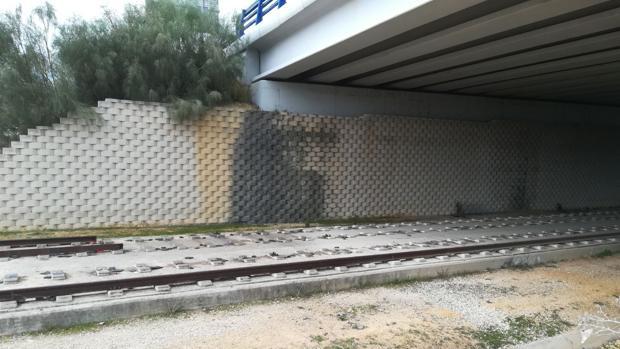 La Junta denuncia ante la Policía el robo de los 400 metros de carril del tranvía de Alcalá