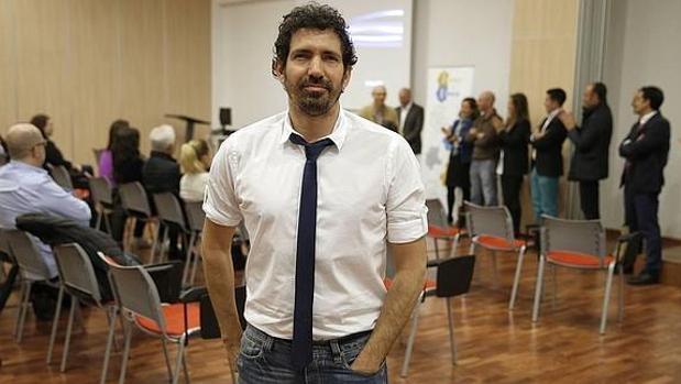 César Bona impartirá su conferencia en El Centro Inglés de El Puerto.