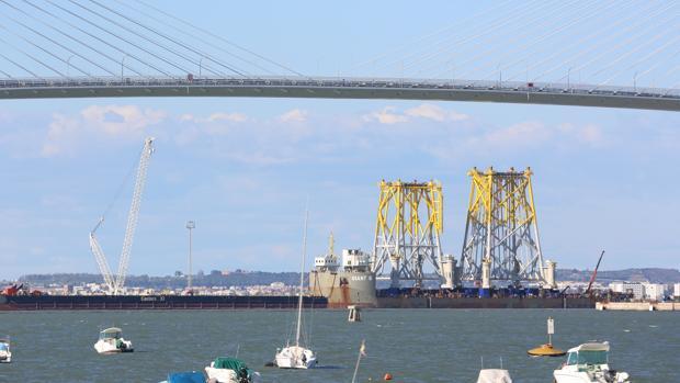 Dos de las cuatro estructuras ya se encuentran embarcadas