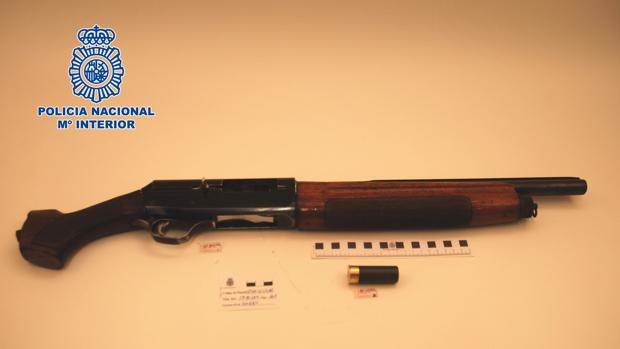 La escopeta utilizada en la riña multitudinaria de la barriada de San Benito en Jerez.