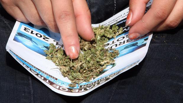 El detenido fue sorprendido con más de un kilo de marihuana