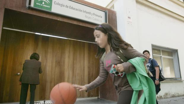 El colegio Reyes Católicos, entre los más demandados de Cádiz