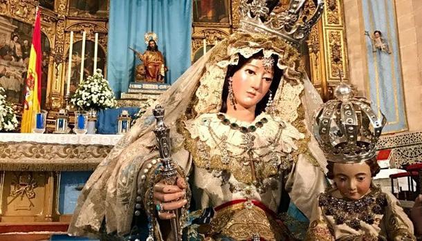 Nuestra Señora de la Paz y Concordia Dolorosa, titular de la Hermandad de la Sagrada Cena.