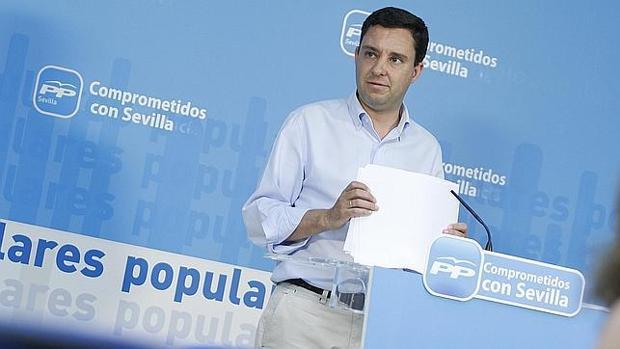 Juan de la Rosa, secretario general del PP de Sevilla