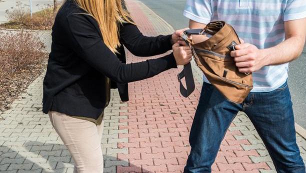 Recreación de robo con violencia e intimidación