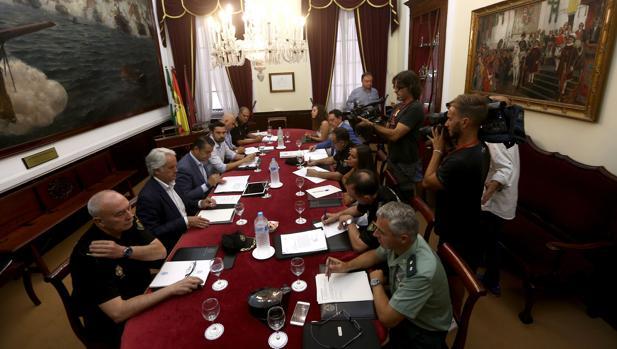 Imagen de una reunión anterior de la Junta Local de Seguridad.