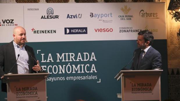 Daniel Romero-Abreu, junto con el director de LA VOZ.