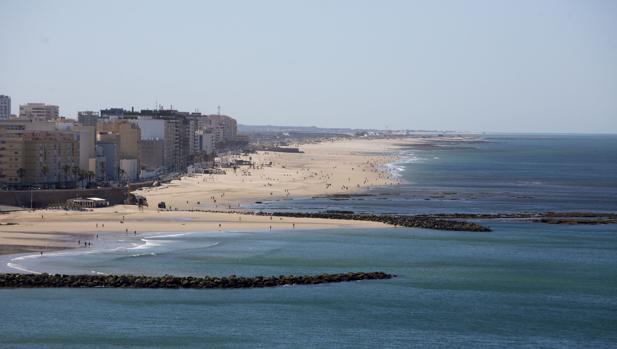 Las playas de Cádiz, un buen lugar para desconectar, aunque el tiempo no acompañe.