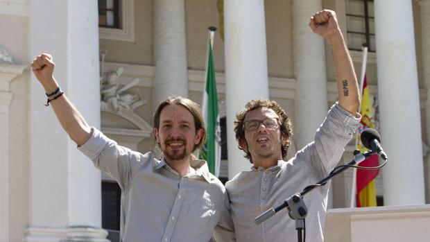 Pablo Iglesias y José María González, 'Kichi', en Cádiz.