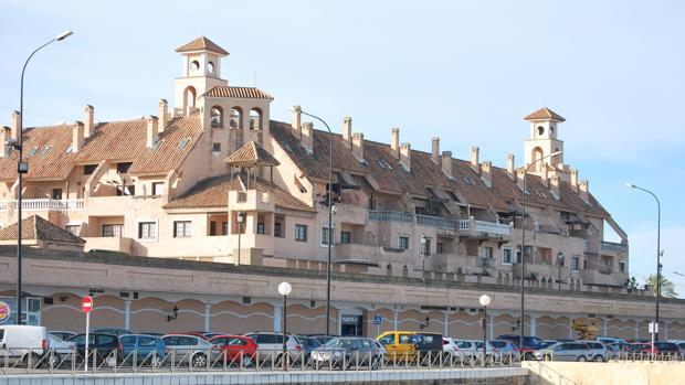 Regularizan los apartamentos de bah a sur y la oferta hotelera llega a las plazas - Hotel y apartamentos bahia sur ...