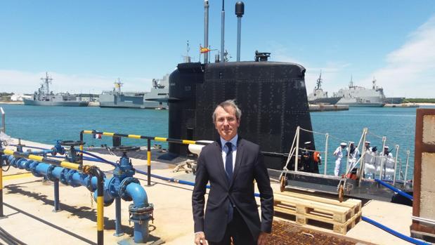 Yves Saint-Geours, embajador de Francia en España, durante su reciente visita a Rota.