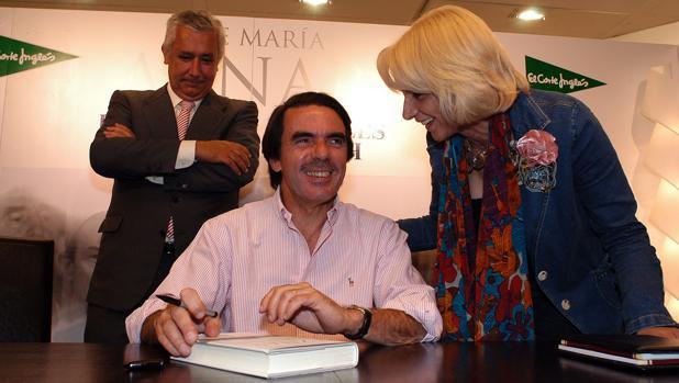 Teófila Martínez, en la presentación del libro del expresidente José María Aznar.
