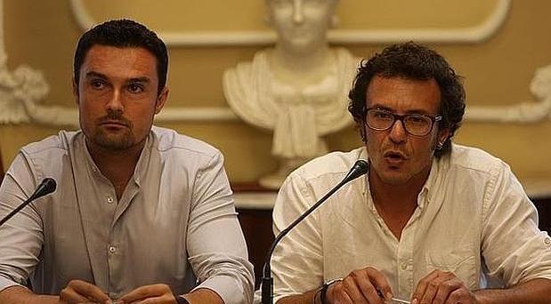 Martín Vila, concejal de Urbanismo, junto al alcalde de Cádiz, José María González