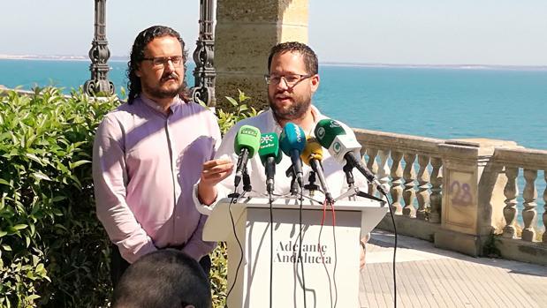 Los coordinadores provinciales de IU, Fernando Macías, y Podemos, José Ignacio García.
