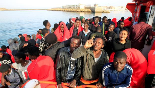 Inmigrantes rescatados el domingo 24 de junio.