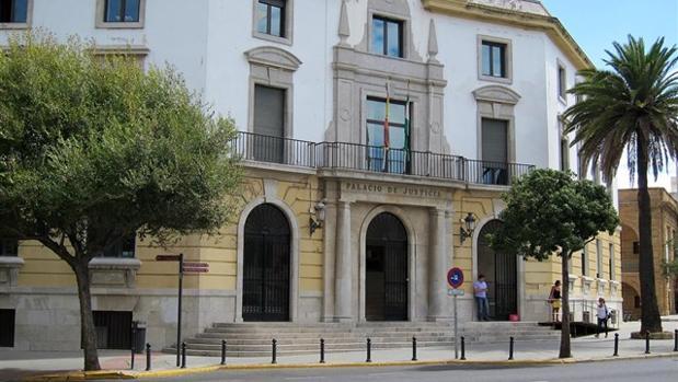 La Audiencia Provincial de Cádiz.