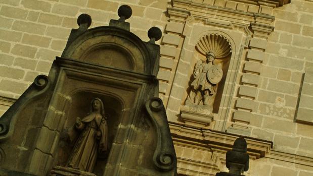 Vista exterior del Monasterio de San Miguel