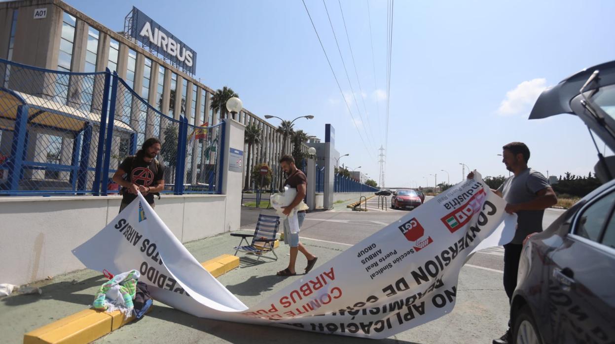 Sindicatos y Airbus zanjan el conflicto por un despido en Puerto Real