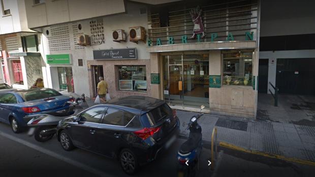 Varios robos con intimidación se han producido en el barrio de la Laguna de Cádiz .
