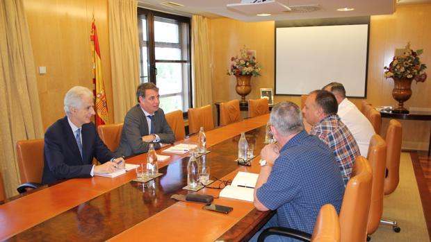 Momento de la reunión entre los nuevos gestores de la SEPI y los sidnicatos