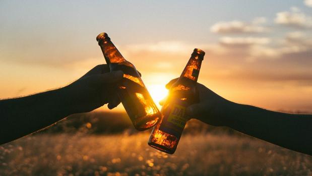 La cerveza sale barata en Cádiz, pero la compra en cambio sale bastante cara