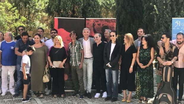 Foto de familia tras la presentación de la fiesta de la bulería de Jerez.