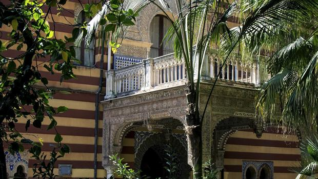 Fachada del ayuntamiento de Sanlúcar de Barrameda.