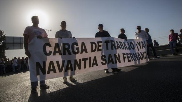 Los trabajadores de Navantia se manifiestan por la venta de las corbetas a Arabia Saudí.