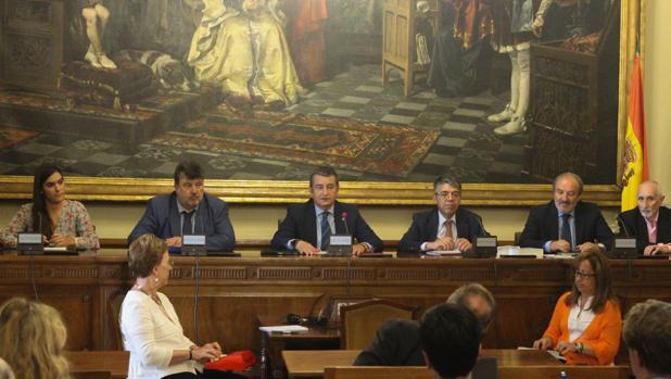 Sanz tras su nombramiento como presidente de la Comisión de Interior.