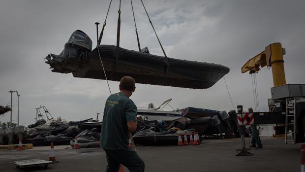 Las embarcaciones intervenidas por la Guardia Civil se almacenan en la Jefatura del Servicio Marítimo de la Guardia Civil en Algeciras