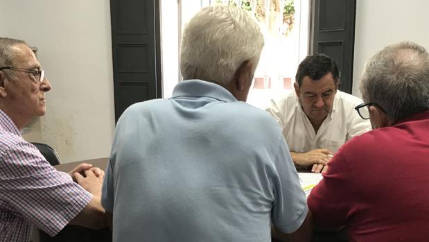 Loaiza en su reunión con la Federación de Vecinos.