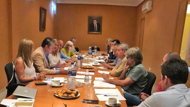 La reunión celebrada este lunes entre PP y Horeca.