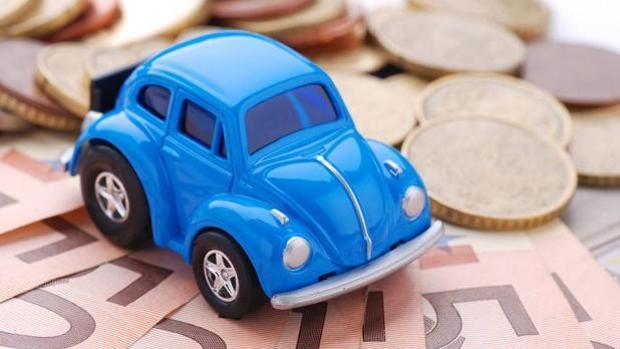 Pagar un seguro de coche en Cádiz está muy por encima de la media nacional.