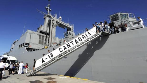 El buque de aprovisionamiento 'Cantabria' es uno de los BAC de las Fuerzas Armadas.