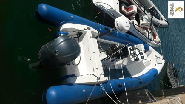Imagen de la embarcación interceptada.
