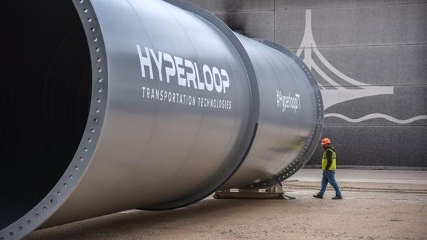Imagen del prototipo del tubo por donde se ensayará la circulación del Hyperloop