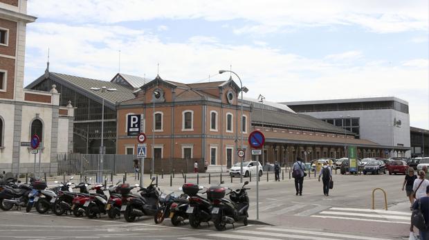Los proyectos del nuevo hotel de la estación y del mercado gastronómico están paralizados a la espera del acuerdo entre Ayuntamiento y Adif.