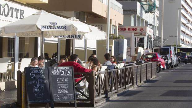 Los hosteleros del paseo mantendrán todas sus mesas.