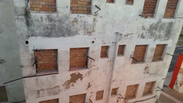 El edificio que se va a derribar próximamente.