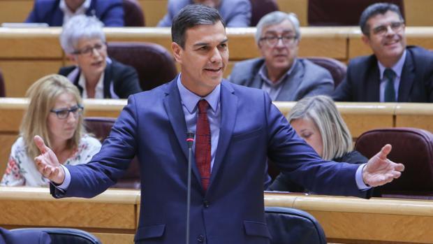 Tanto Sánchez como Iglesias se han referido hoy al alcalde de Cádiz, José María González 'Kichi'.